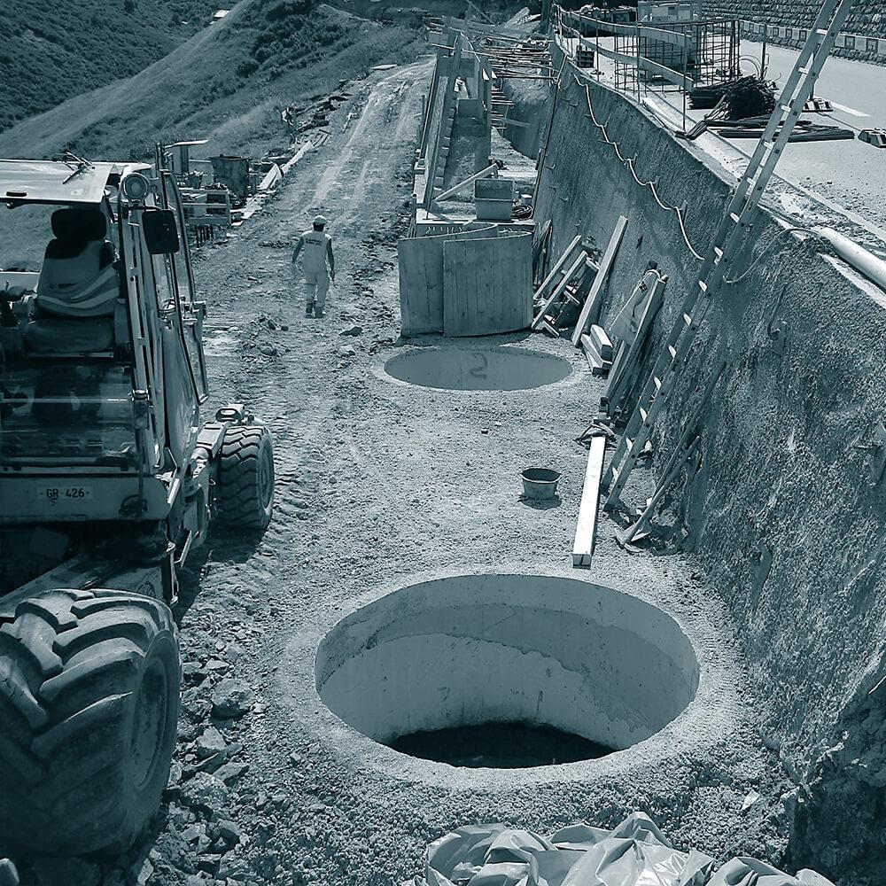 Rückbau Lawinengalerie 1 + 2, Oberalpstrasse H19 | Tiefenfundation mittels Schächten und Schwergewichtsstützmauer