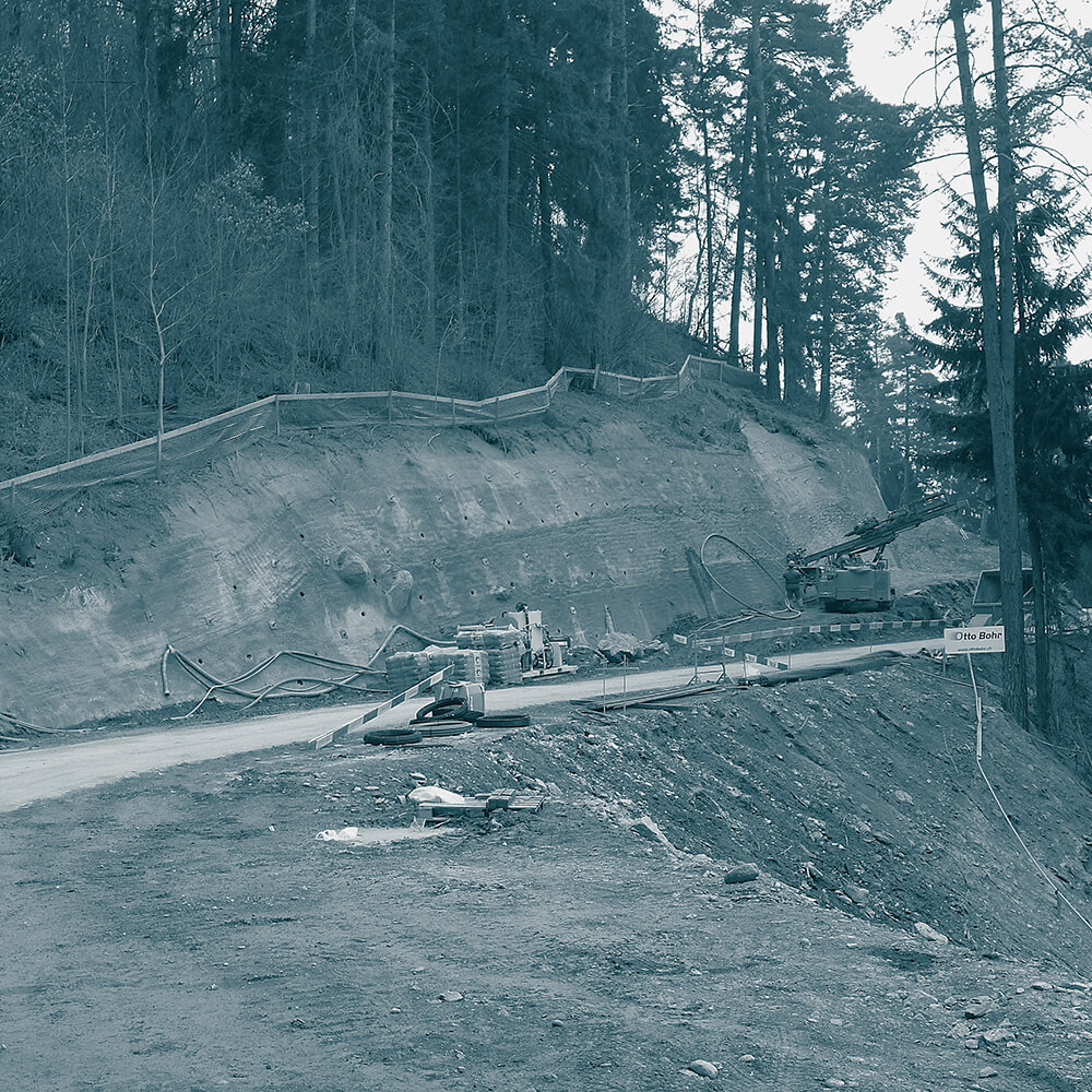 Ausbau Ratitscherstrasse Heinzenberg GR | Baugrubensicherung mit Nagelwand